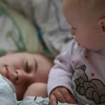 Ребенок спит только в коляске